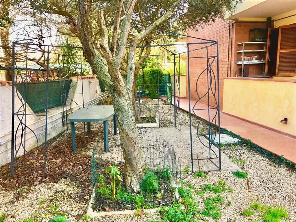 Soluzione Indipendente in vendita a Civitavecchia, 3 locali, prezzo € 150.000 | Cambio Casa.it