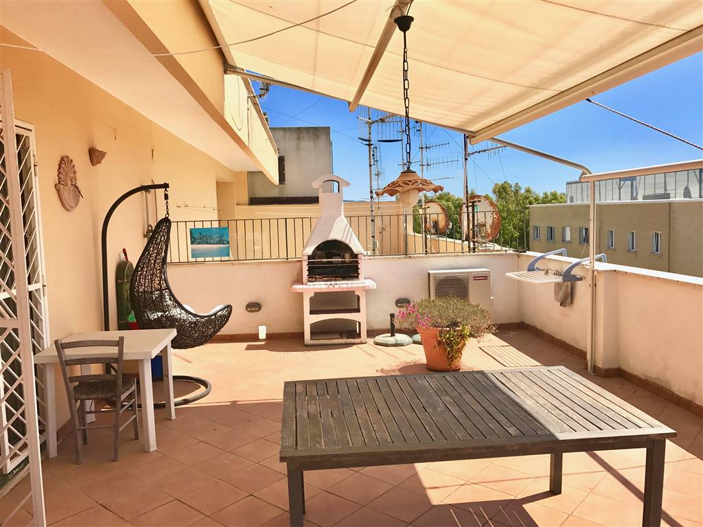 Appartamento in vendita a Civitavecchia, 3 locali, prezzo € 125.000 | CambioCasa.it