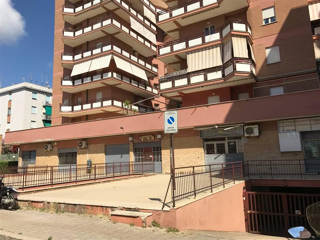 garage-Box-posto auto  in Vendita a Civitavecchia