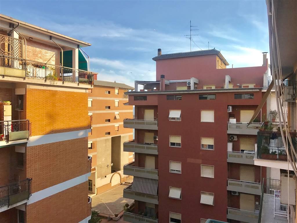 Appartamento in affitto a Civitavecchia, 3 locali, prezzo € 600 | Cambio Casa.it