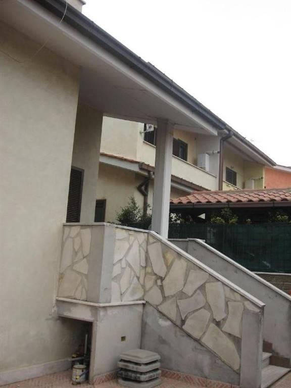 Villa Bifamiliare in Vendita a Civitavecchia