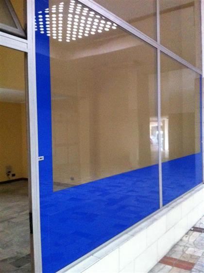 negozio  in Vendita a Grugliasco