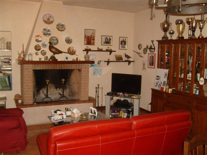 Casa singola, La Catena, Quarrata, abitabile