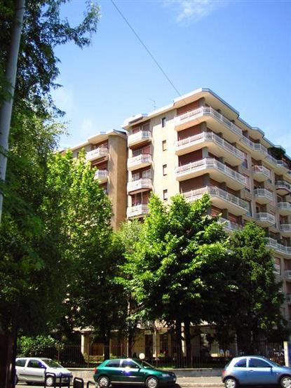 Appartamento in Vendita a Corsico: 3 locali, 115 mq