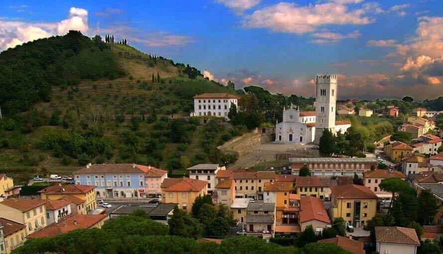Capannone in affitto a Porcari, 9999 locali, Trattative riservate | CambioCasa.it