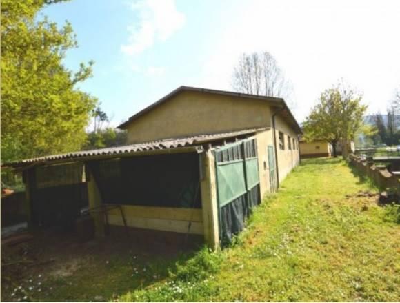 Magazzino in vendita a Capannori, 9999 locali, zona Località: CARRAIA, prezzo € 100.000 | CambioCasa.it