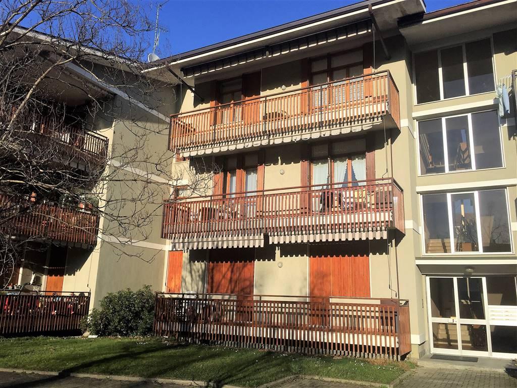 Appartamento in vendita a Pavone Canavese, 4 locali, prezzo € 165.000 | Cambio Casa.it