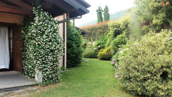 Villa in vendita a Piverone, 8 locali, prezzo € 470.000 | CambioCasa.it