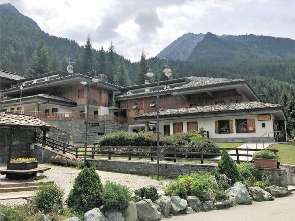 Appartamento in vendita a Ayas, 4 locali, zona Località: CHAMPOLUC-CHAMPLAN, prezzo € 375.000 | Cambio Casa.it