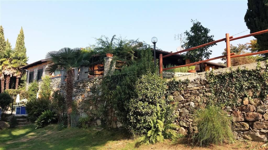 Villa in vendita a Piverone, 8 locali, Trattative riservate | CambioCasa.it