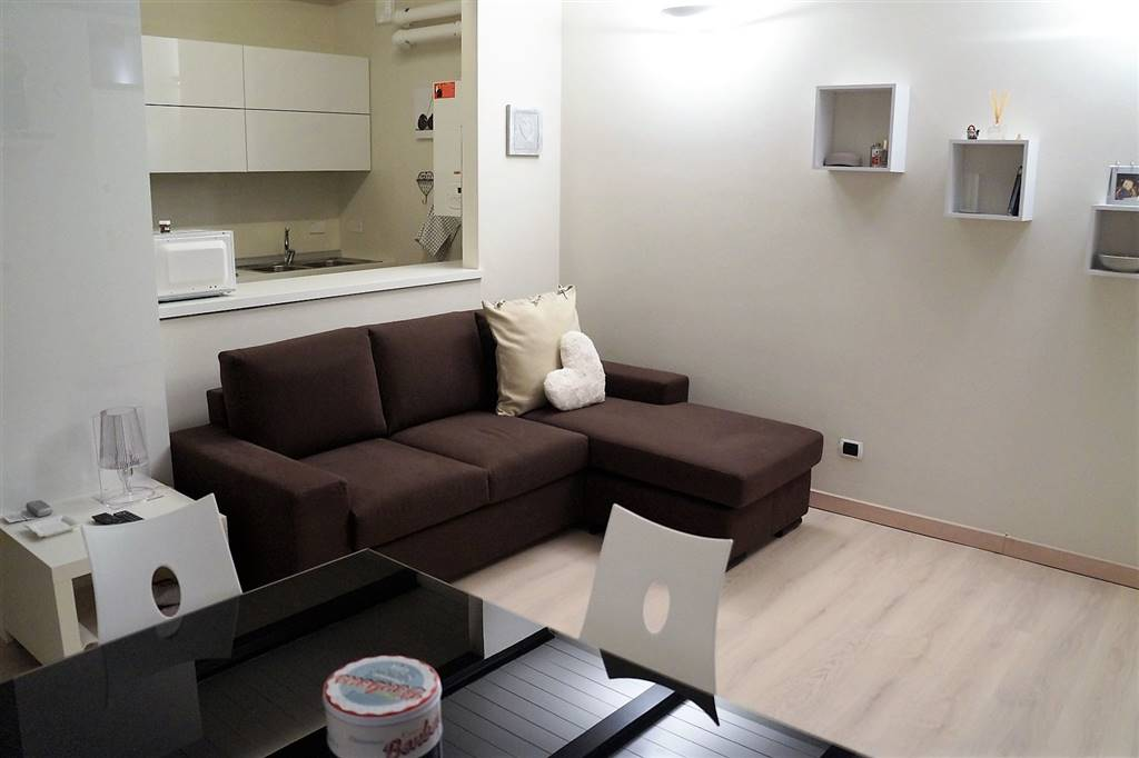 Appartamento in affitto a Ivrea, 1 locali, prezzo € 370 | CambioCasa.it