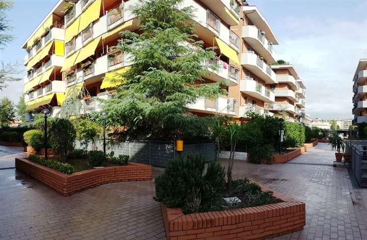 Appartamento in vendita a San Nicola la Strada, 6 locali, prezzo € 270.000 | Cambio Casa.it
