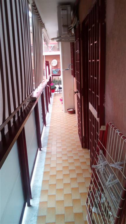 Appartamento in vendita a Caserta, 6 locali, zona Località: CASERTA 2 - (CENTURANO -CERASOLA -167, prezzo € 175.000 | Cambio Casa.it