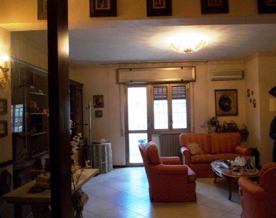 Appartamento in vendita a Caserta, 6 locali, zona Zona: Centro, prezzo € 290.000 | CambioCasa.it