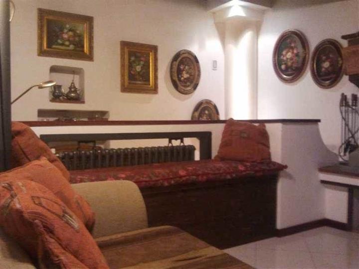 Soluzione Indipendente in vendita a Arezzo, 6 locali, zona Zona: Giovi-Ponte alla Chiassa, prezzo € 195.000 | Cambio Casa.it