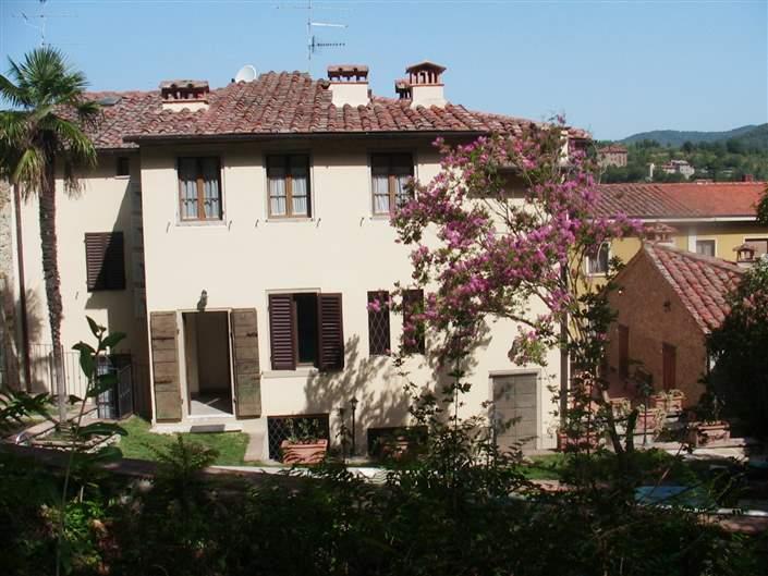 Soluzione Indipendente in vendita a Arezzo, 18 locali, zona Zona: Marcena, prezzo € 495.000 | Cambio Casa.it