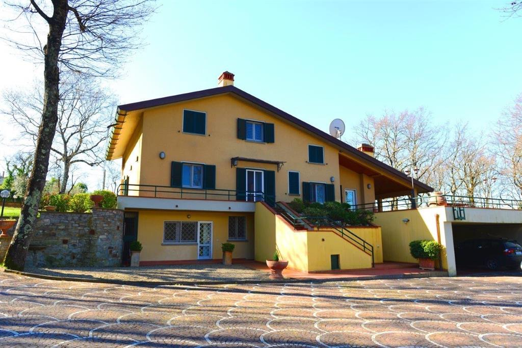 Soluzione Indipendente in vendita a Arezzo, 12 locali, zona Zona: Chiassa-Tregozzano, prezzo € 780.000 | Cambio Casa.it