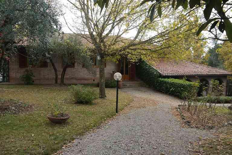 Villa in vendita a Castelnuovo Berardenga, 10 locali, prezzo € 920.000 | Cambio Casa.it