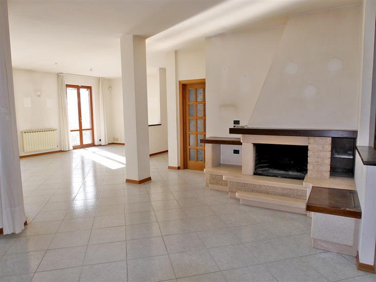 Soluzione Indipendente in vendita a Castelnuovo Berardenga, 6 locali, prezzo € 500.000 | Cambio Casa.it
