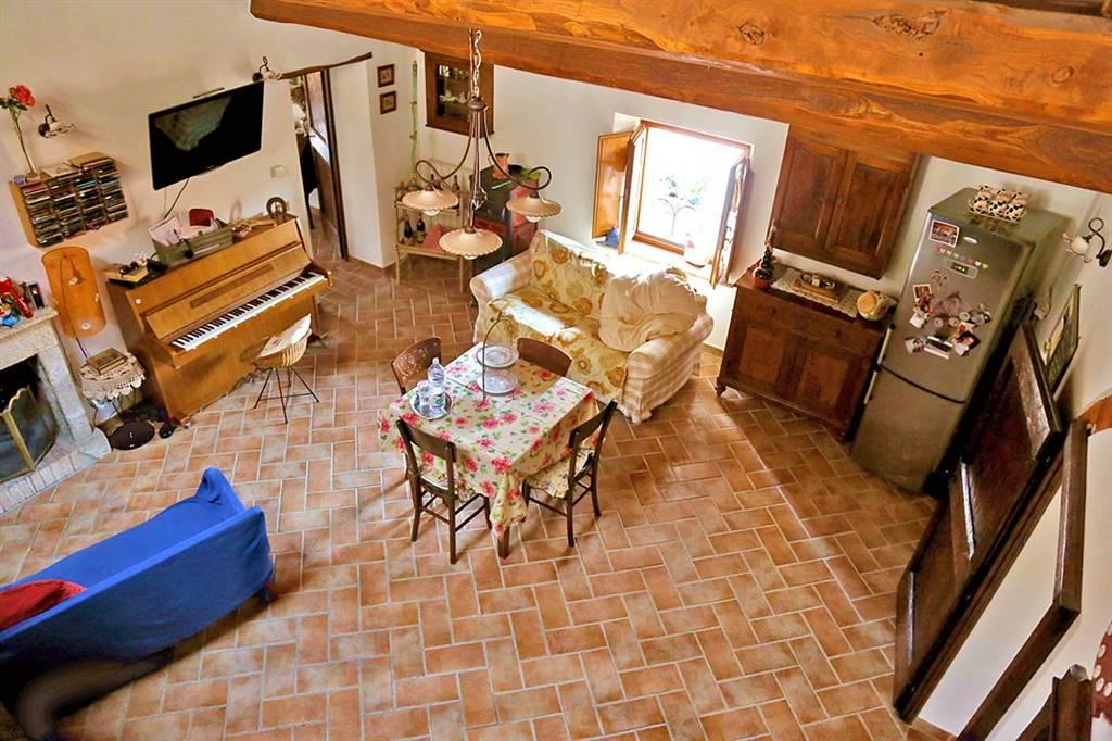 Appartamento in vendita a Castelnuovo Berardenga, 4 locali, zona Località: SAN GUSMÈ, prezzo € 229.000   Cambio Casa.it