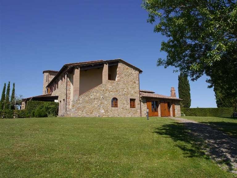 Soluzione Indipendente in vendita a Castelnuovo Berardenga, 4 locali, Trattative riservate | Cambio Casa.it