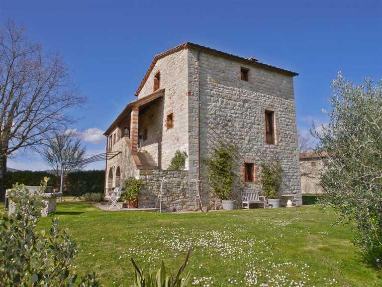 Rustico / Casale in vendita a Castelnuovo Berardenga, 7 locali, prezzo € 660.000   Cambio Casa.it