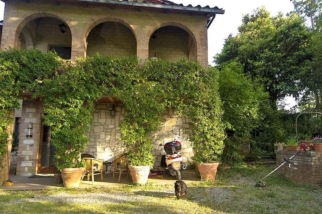 Villa in vendita a Monteriggioni, 9 locali, zona Località: SANTA COLOMBA, prezzo € 850.000 | Cambio Casa.it