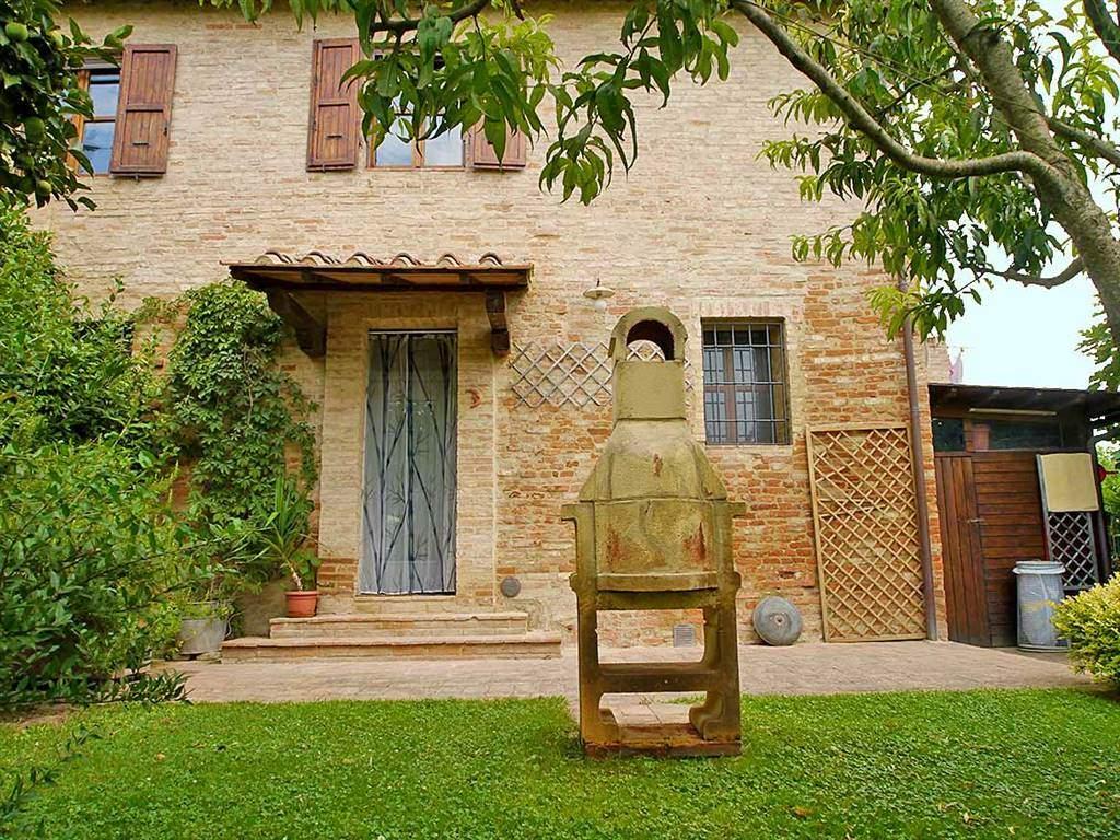 Rustico / Casale in vendita a Monteroni d'Arbia, 5 locali, prezzo € 298.000 | Cambio Casa.it