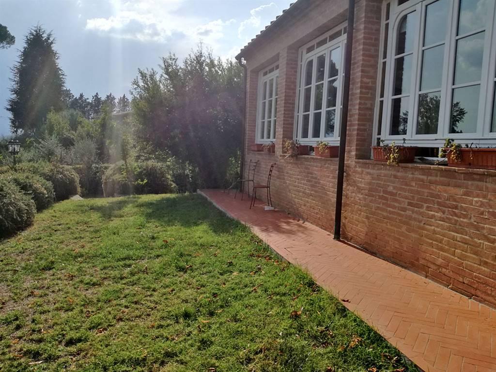 Appartamento in affitto a Siena, 5 locali, prezzo € 1.000 | Cambio Casa.it