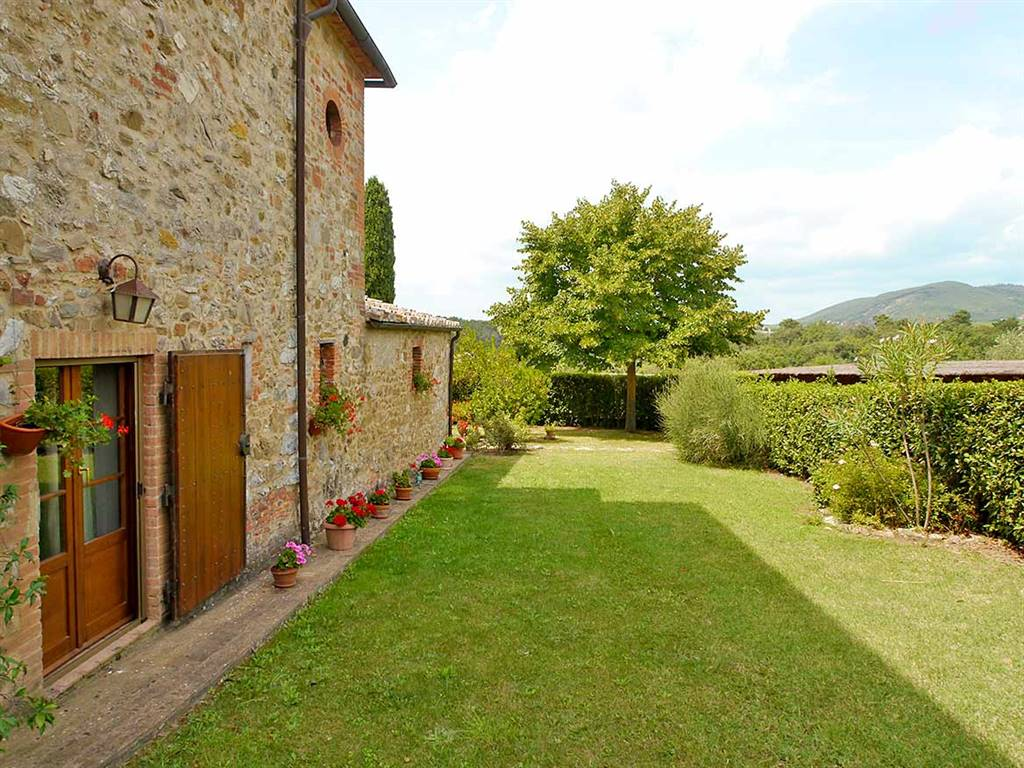Rustico / Casale in vendita a Castelnuovo Berardenga, 4 locali, prezzo € 420.000 | CambioCasa.it