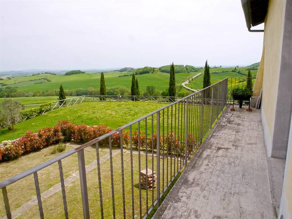 Appartamento in affitto a Monteroni d'Arbia, 5 locali, zona Località: VILLE DI CORSANO, prezzo € 750 | Cambio Casa.it