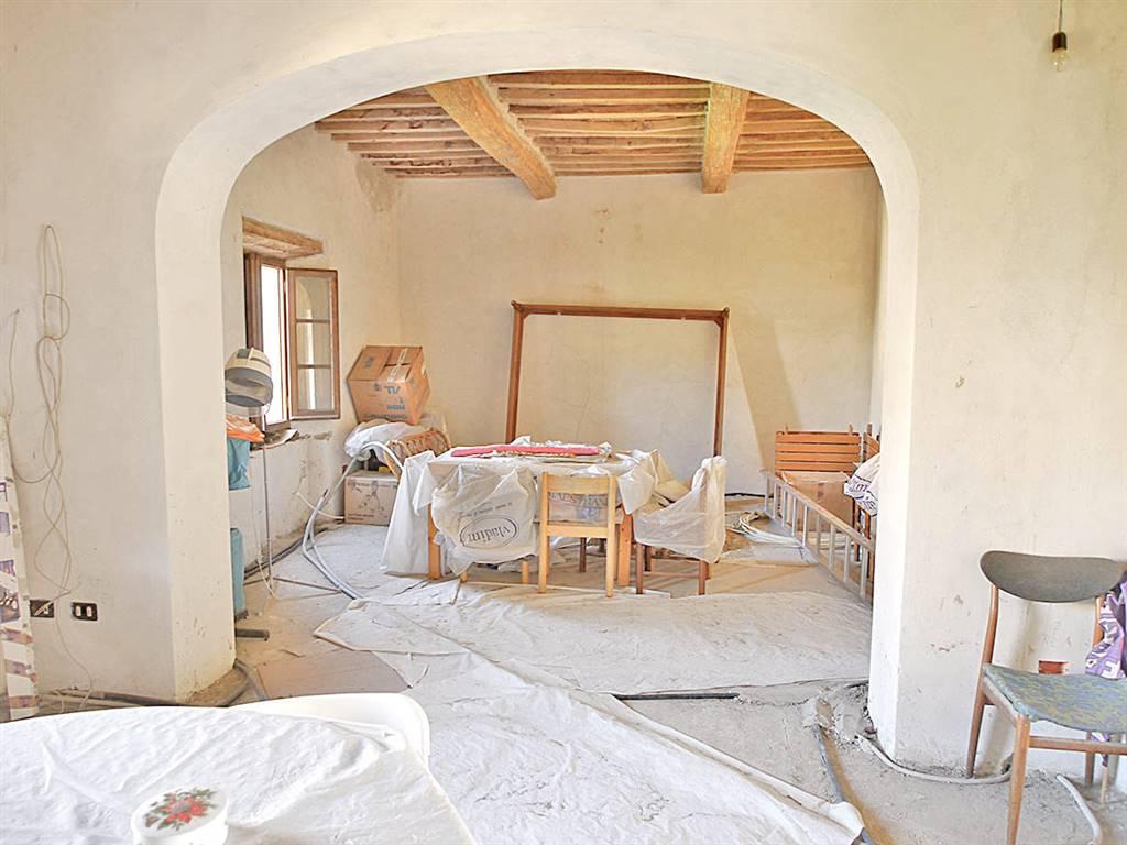Appartamento in vendita a Castelnuovo Berardenga, 4 locali, prezzo € 120.000 | Cambio Casa.it