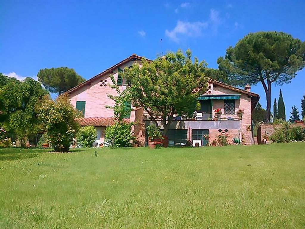 Villa in vendita a Siena, 8 locali, zona Zona: Periferia, prezzo € 1.090.000 | CambioCasa.it