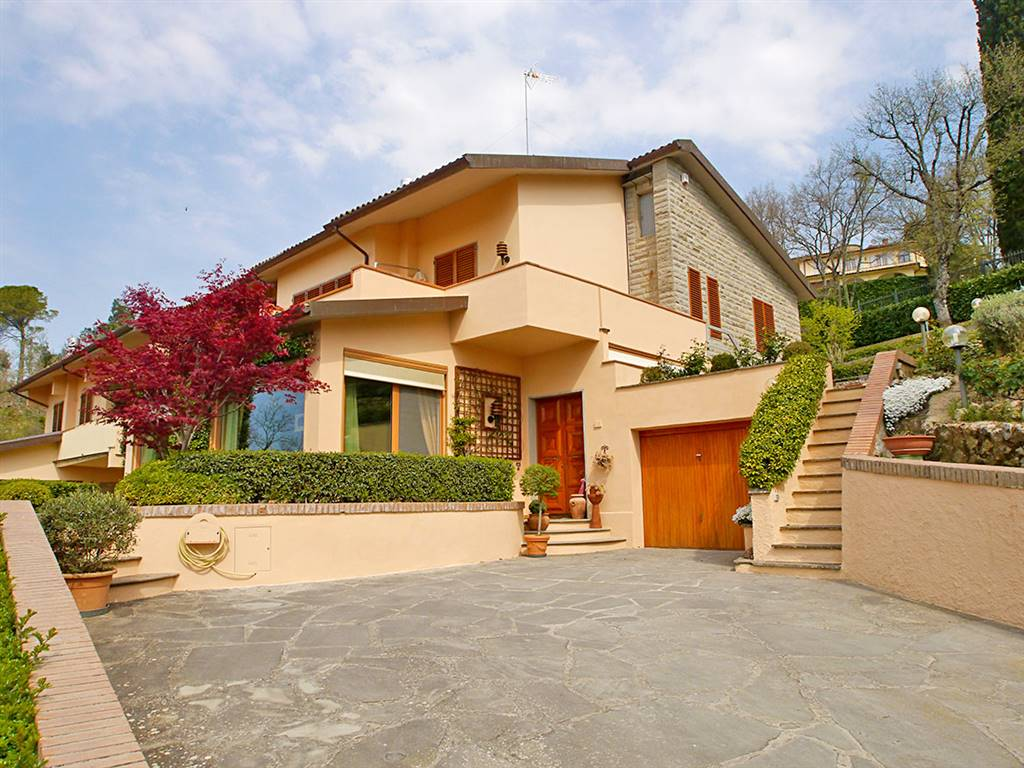 Villa Bifamiliare in Vendita a Monteriggioni