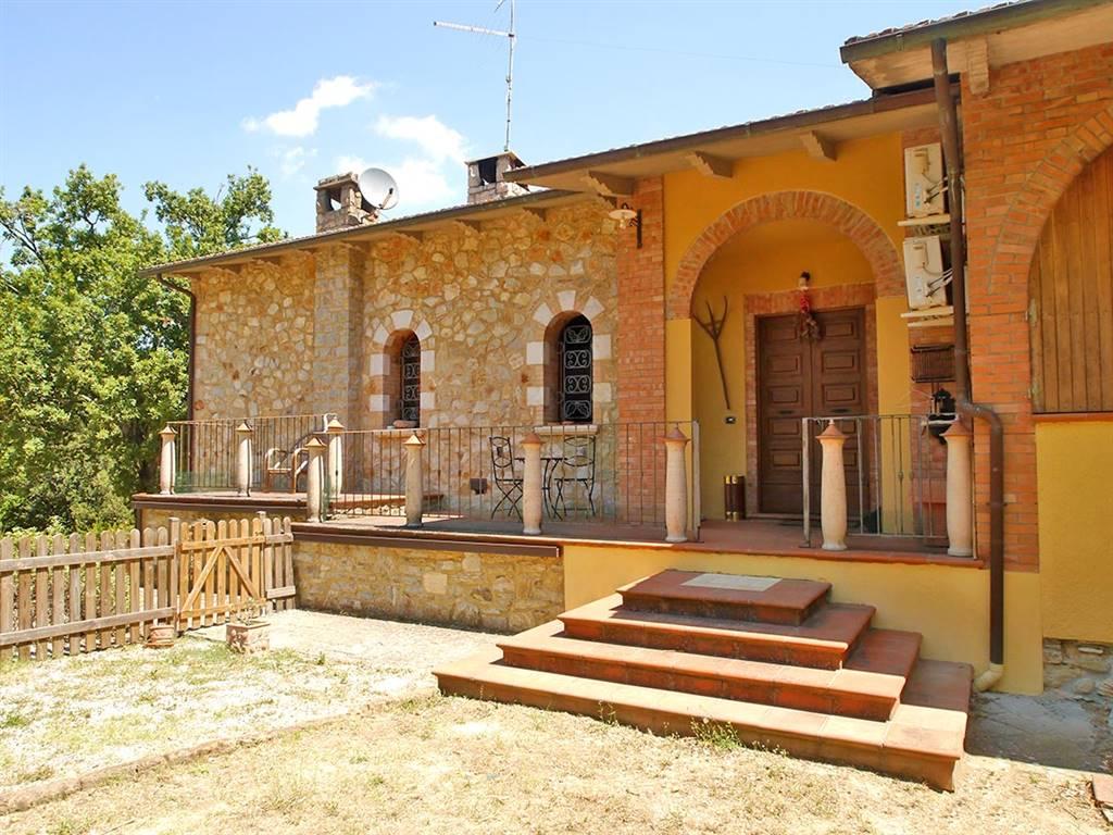 Soluzione Indipendente in vendita a Rapolano Terme, 9 locali, zona Zona: Serre di Rapolano, prezzo € 600.000 | CambioCasa.it