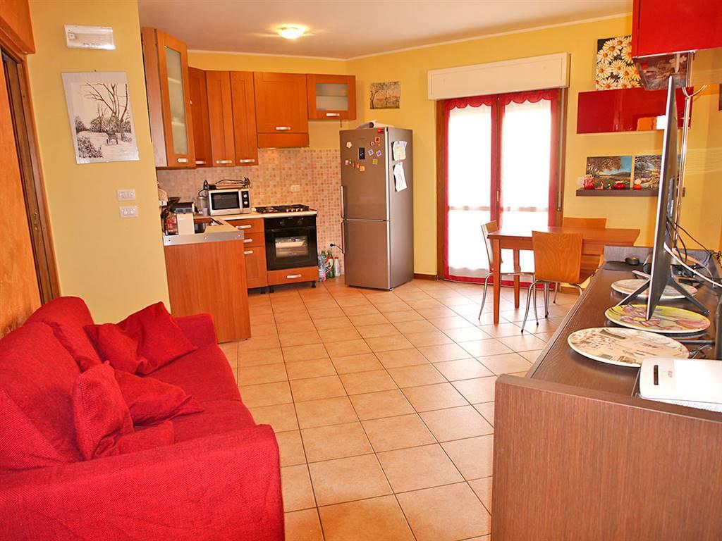 Appartamento in vendita a Rapolano Terme, 3 locali, prezzo € 118.000 | CambioCasa.it