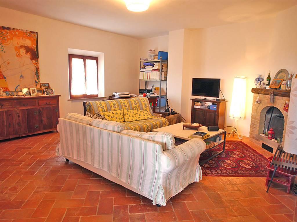 Soluzione Indipendente in vendita a Castelnuovo Berardenga, 5 locali, prezzo € 320.000 | CambioCasa.it