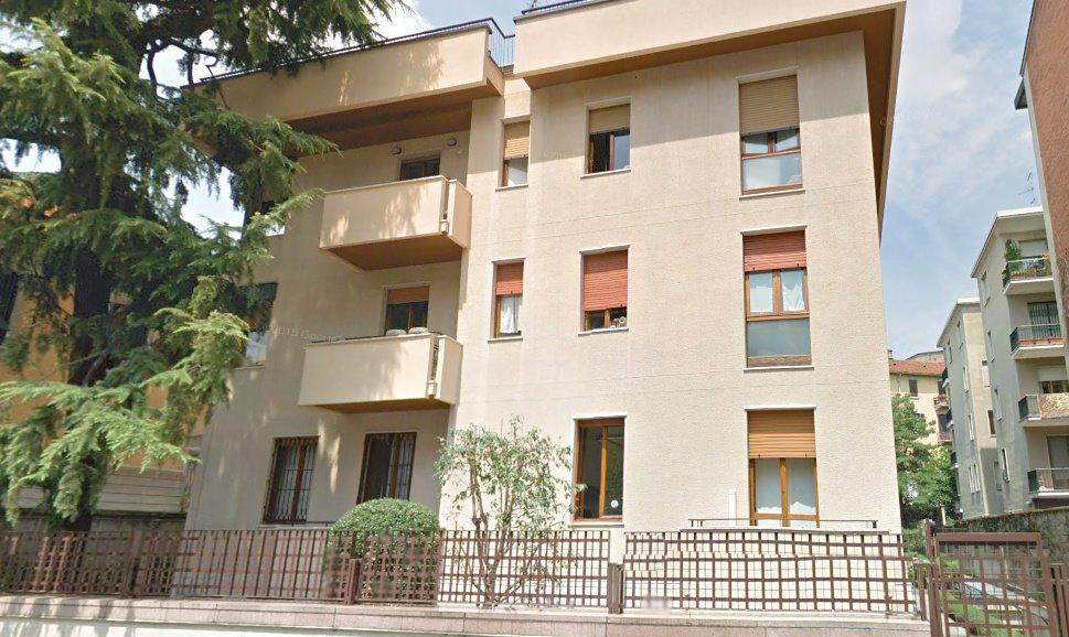 Affitto ufficio de angeli vercelli washinghton milano for Affitto vercelli arredato