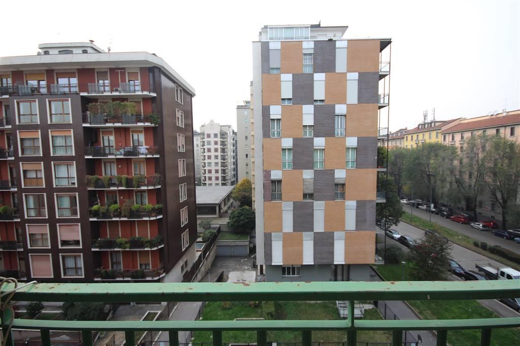 Quadrilocale, v Giornate, Xxii Marzo, Porta Romana, Milano, in ottime condizioni