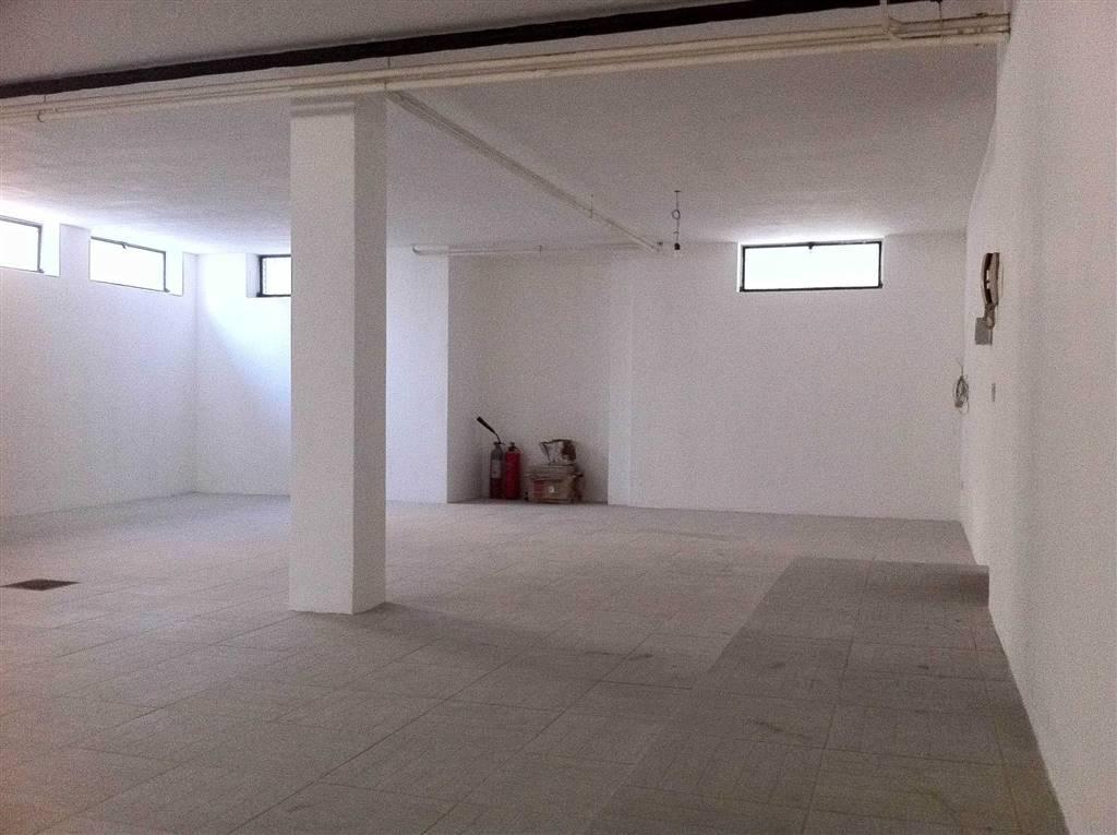 Laboratorio in Vendita a Milano:  1 locali, 120 mq  - Foto 1