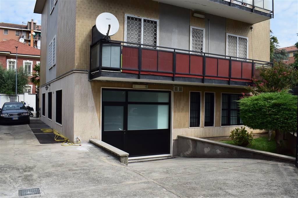 Appartamento in Vendita a Milano: 4 locali, 214 mq
