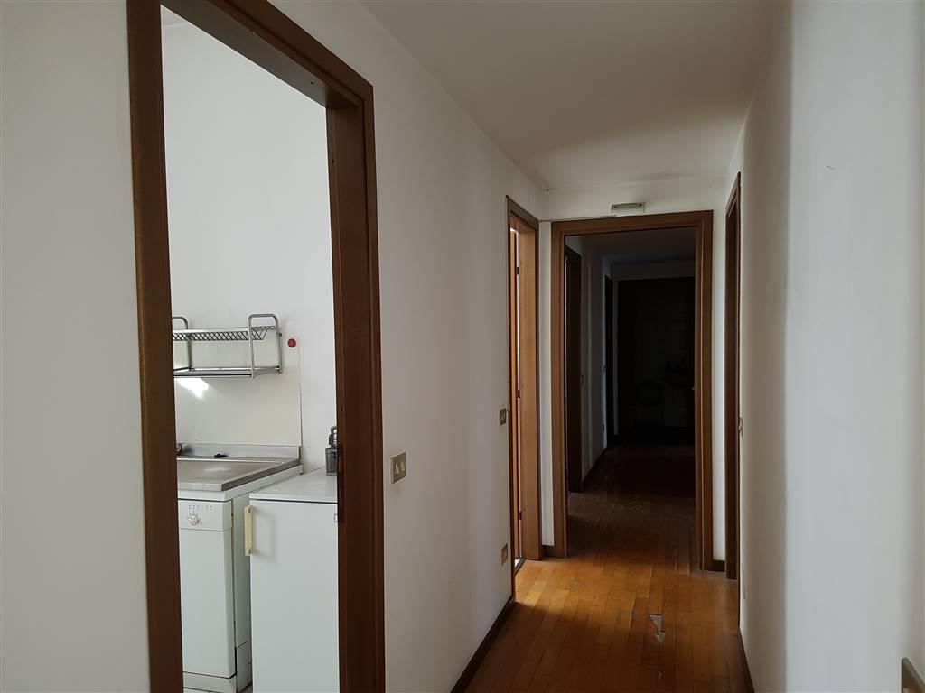Appartamento in affitto a milano di porta vittoria 58 for Appartamento design affitto milano