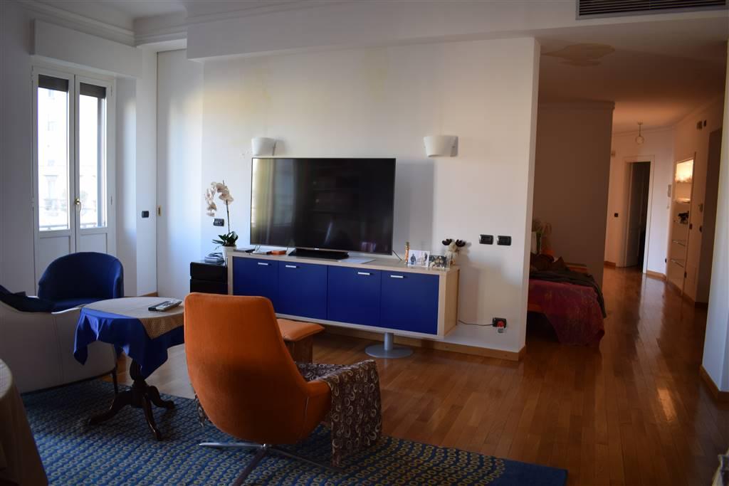 Appartamento in Affitto a Milano 05 Tribunale / Caldara:  4 locali, 190 mq  - Foto 1