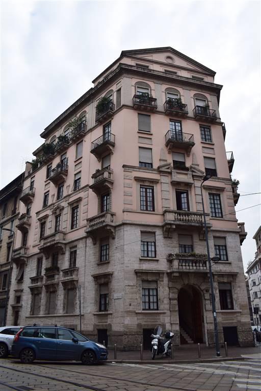 Appartamento in Vendita a Milano: 4 locali, 210 mq