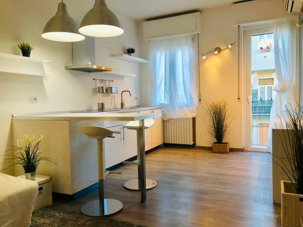 Appartamento in Vendita a Milano 11 Loreto / Piola / Lima: 2 locali, 40 mq