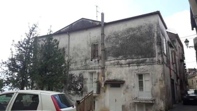 Appartamento in vendita a Montecorvino Rovella, 1 locali, zona Zona: San Martino, prezzo € 40.000 | Cambio Casa.it