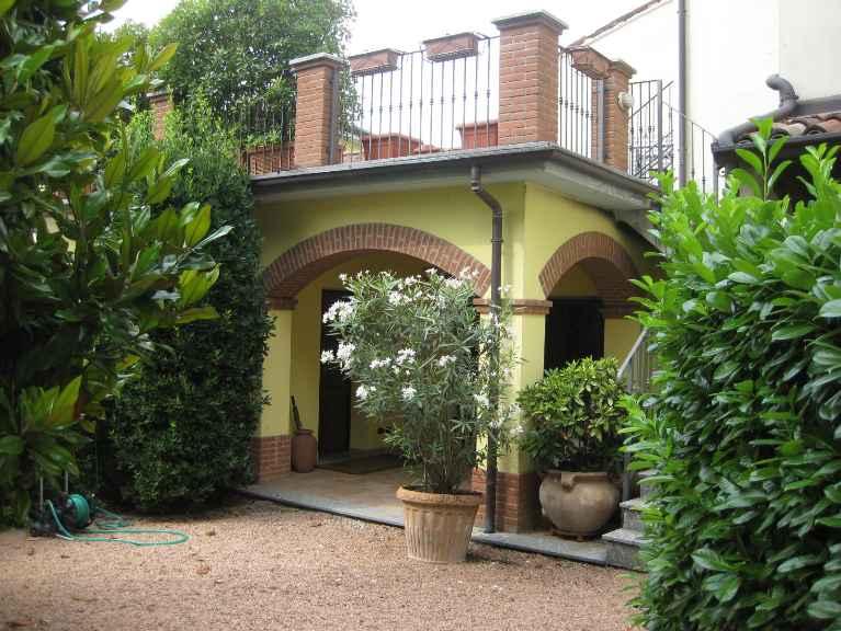 Villa in vendita a Broni, 10 locali, prezzo € 599.000 | Cambio Casa.it
