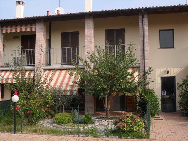 Appartamento in vendita a Belgioioso, 5 locali, prezzo € 199.000 | Cambio Casa.it