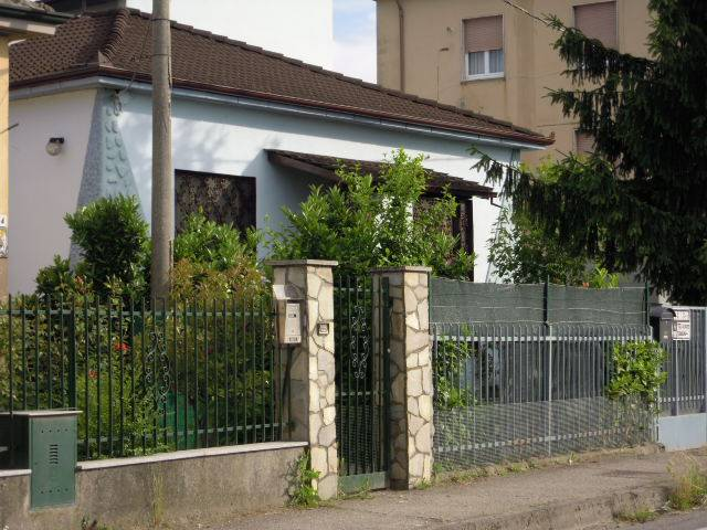 Soluzione Indipendente in vendita a Broni, 5 locali, prezzo € 135.000 | Cambio Casa.it