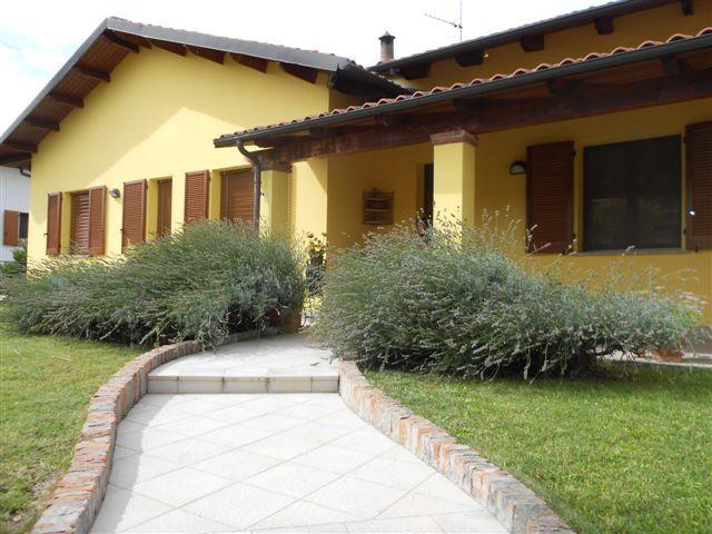 Villa in vendita a Pontecurone, 5 locali, prezzo € 420.000 | Cambio Casa.it